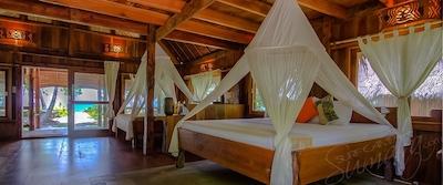 Kandui Villas private bungalow