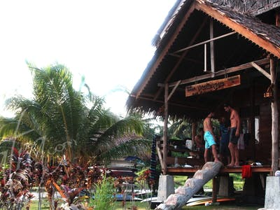 Matungou surf camp