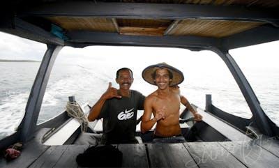 speedboat crew