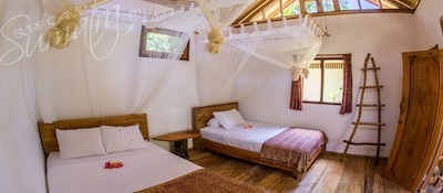 Large private bungalows for 2 or 3 guests