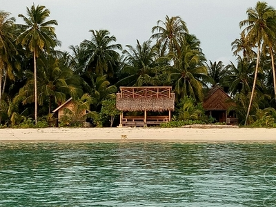 Bilou Beach Villas from the lagoon