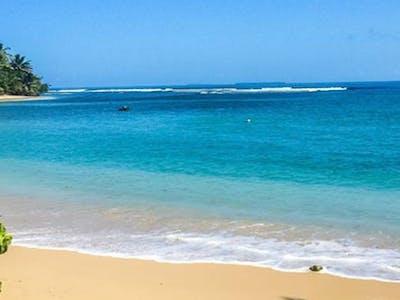 Luluni beach