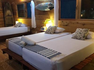 Triple accommodation