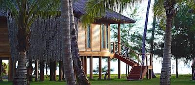 Deluxe Villa exterior
