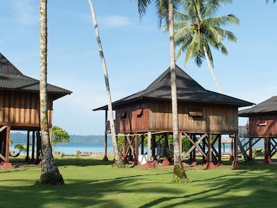 Telos 101 surf resort