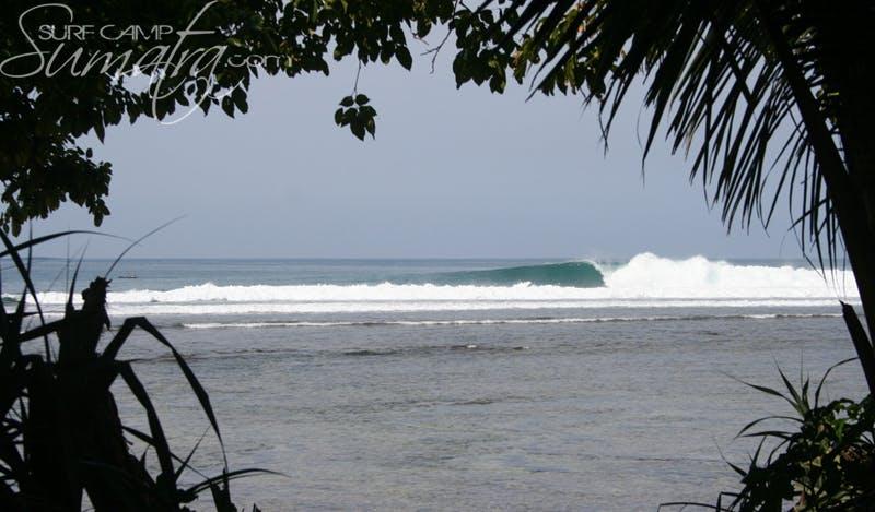 Jimmys Right surf break Sumatra