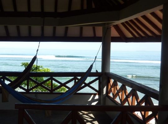 Damai Bungalows Surf Camp