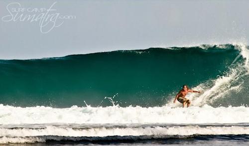 Nagadens (South) surf break Sumatra