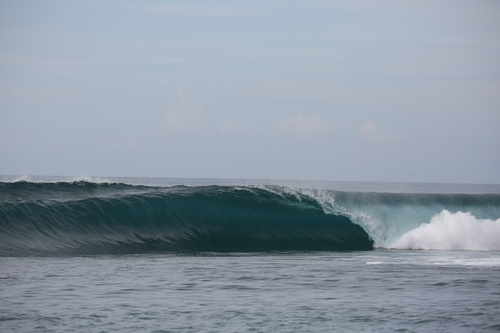 Bintangs surf break Sumatra