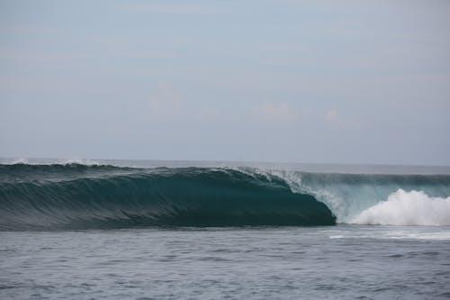 Bintangs surf break Sumatra