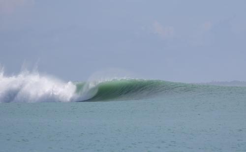 Twiggies surf break Sumatra