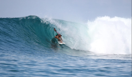 Macas Right surf break Sumatra