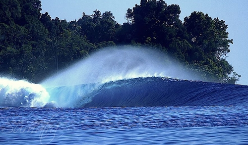 Rahasia (South) surf break Sumatra