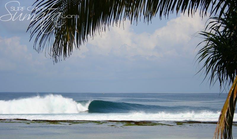 Honey Smacks surf break Sumatra