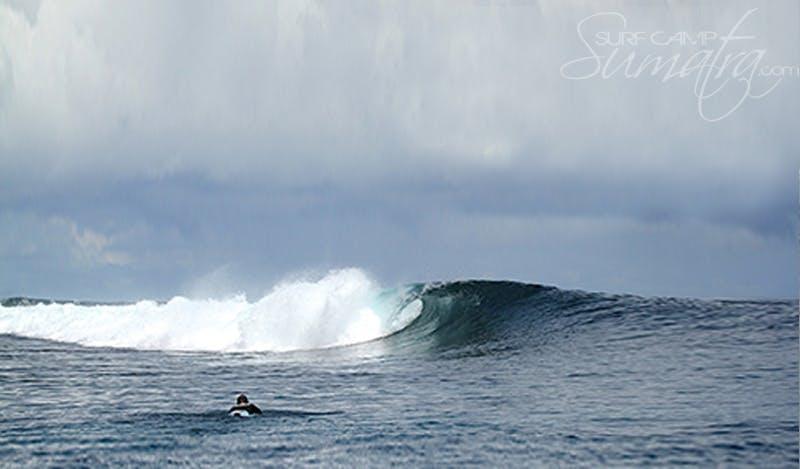 Rags Left surf break Sumatra