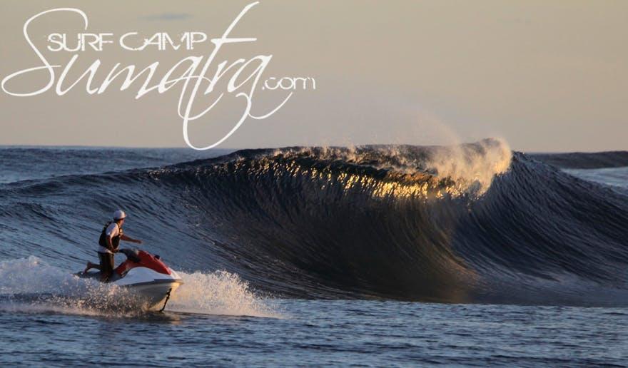 Heruanga surf break Sumatra