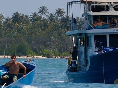 Santa Lusia surf charter