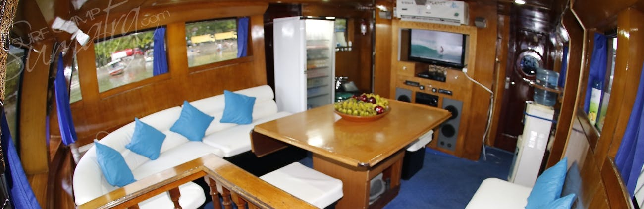 Guests usually prefer to keep this as the lounge with food served on the top deck