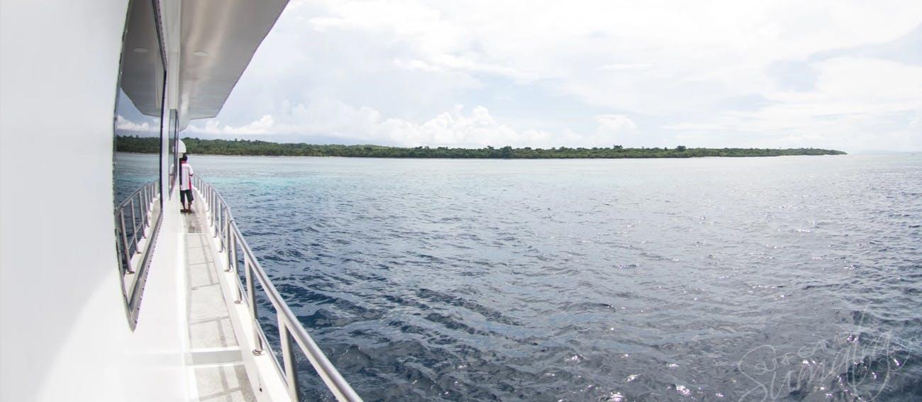 Sola Gracia surf charter