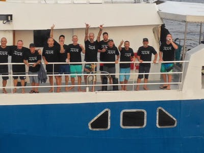 Another group of stoked guests aboard the Santana Laut