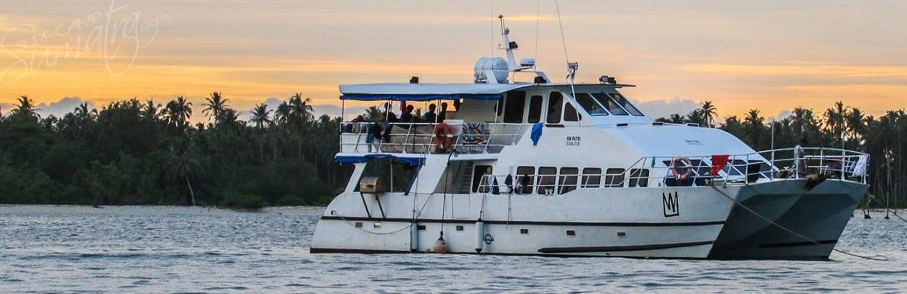Built in Australia in 95 and refurbished in 2007 specifically for surf charters