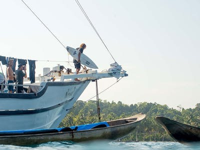 Surf charters to the Mentawai Telo and Banyak islands