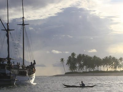 Authentic phinisi charter boat
