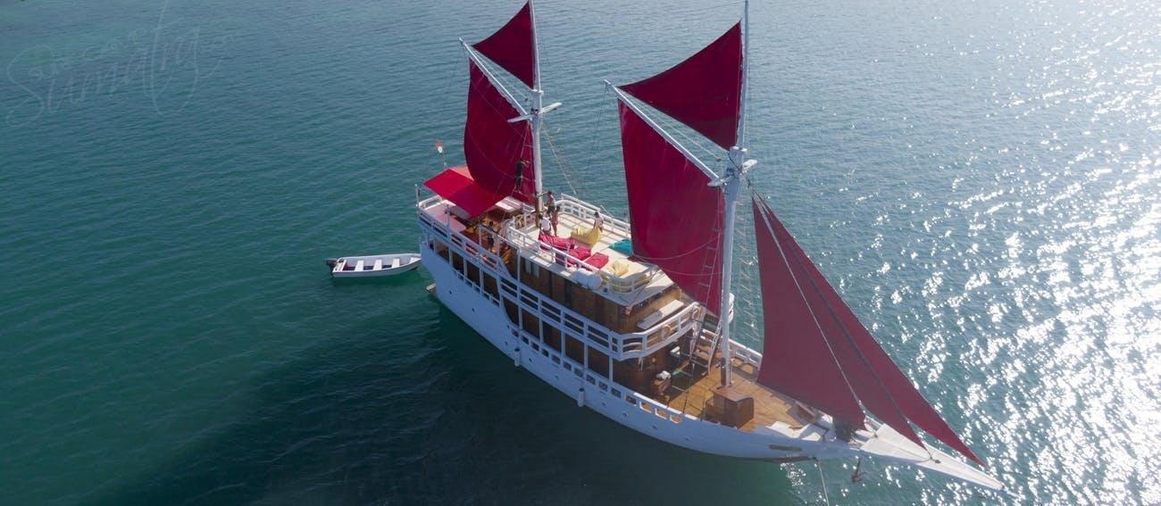 Maki Boat