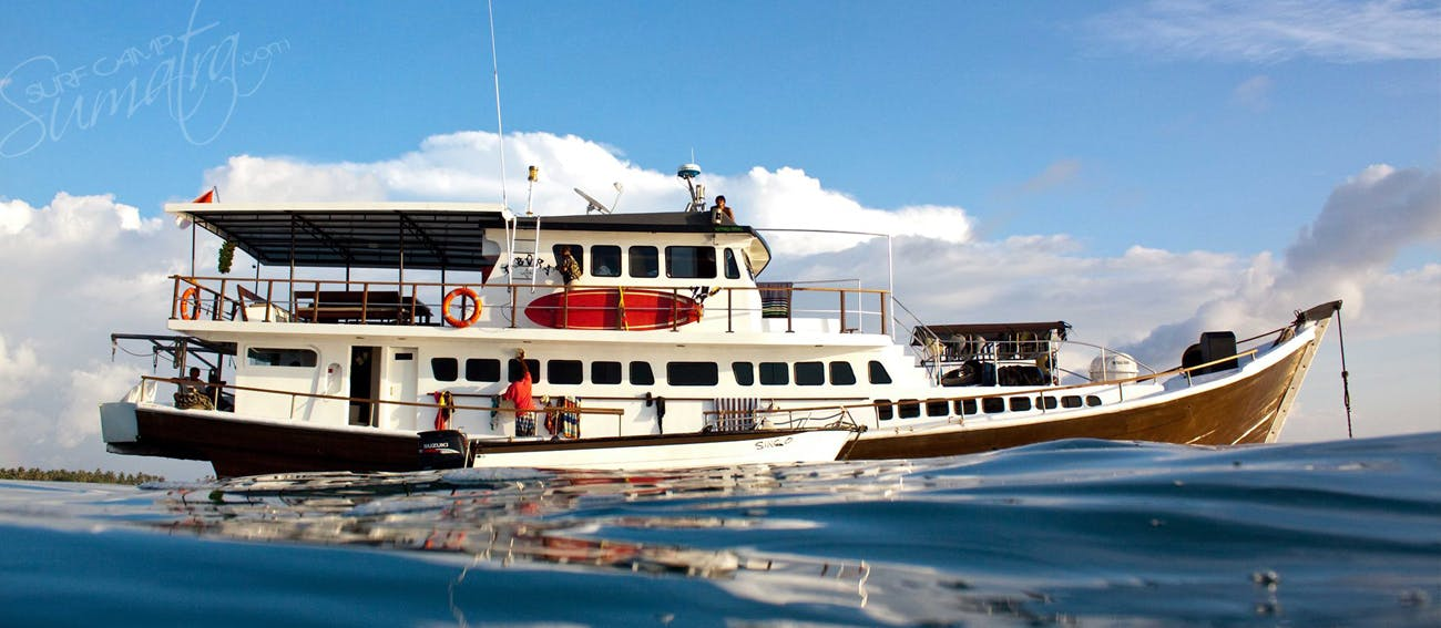 DBora surf charter boat