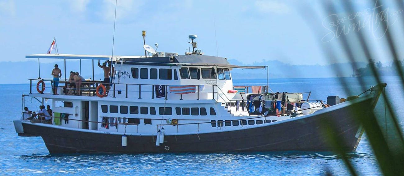 16 berth boat but standard trips max only 10 guests