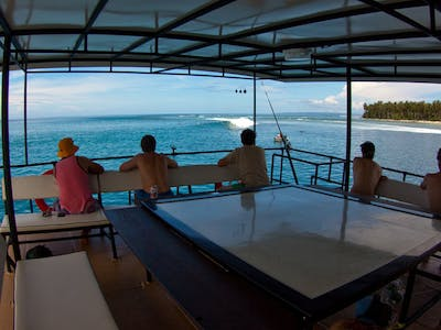 Top deck surf check