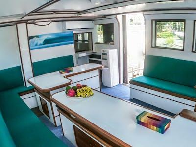 Full a/c interior