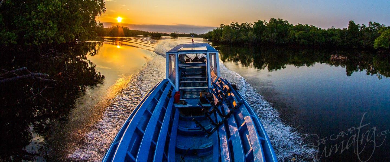 longboat canoe