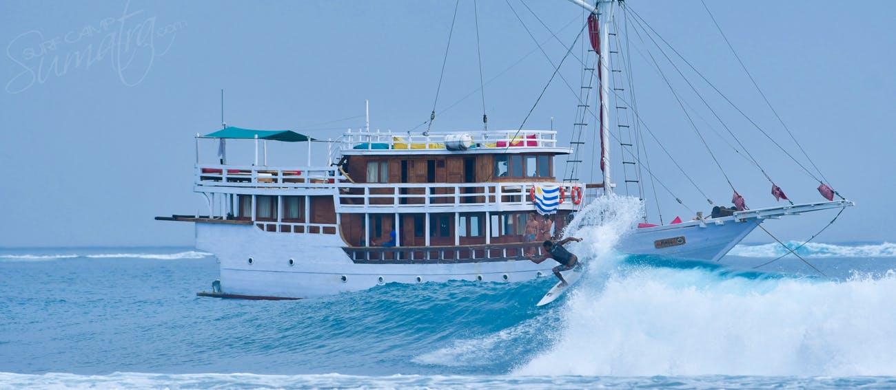 maki surf charter boat